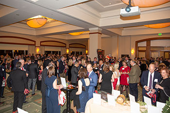 Annual Christmas Auction Celebrated in the Seaport